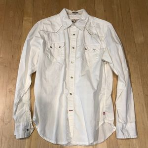 Guess button down